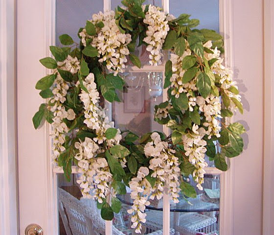 Easy Wisteria Wreath Made With Garland
