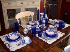 tablescapes+blueware+3[1]
