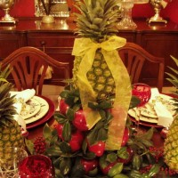 Colonial Williamsburg Apple Cone Centerpiece