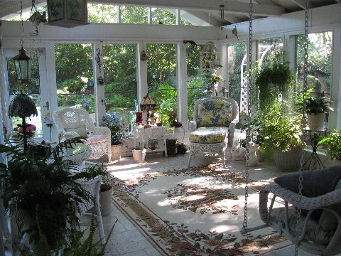 Four season porch sunroom becomes screened in porch with for Four season porches pictures