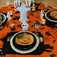 Halloween Tablescape and Decorations