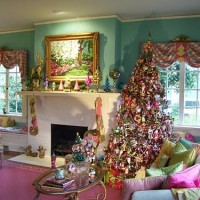 Mark Ballard Decorates for Christmas