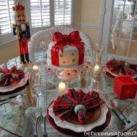 Christmas Tablescape with Plaid Napkins and Plaid Plates_edited-1_wm
