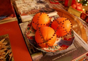 Add Cloves To Oranges For Christmas