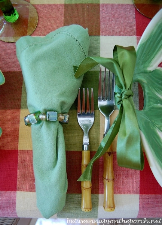 Summer Table Setting with Plaid Tablecloth