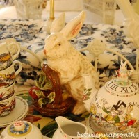 Alice in Wonderland Tea Party Tea Set