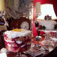 Yummy Cranberry Trifle for Your Christmas Holiday Party