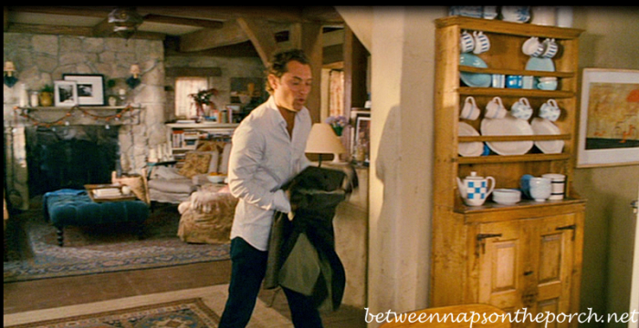 Hutch with Blue White Dishes in Movie, The Holiday_wm