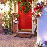 Decorate Your Porch for Christmas