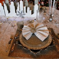 Glamorous New Year's Eve Table Setting