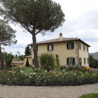 Under the Tuscan Sun: Beautiful Villa Laura