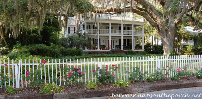 Home Along Harbor in Isle of Hope
