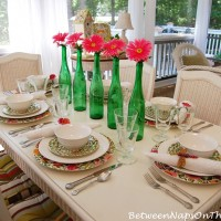 Easy Centerpiece for a Spring Table Setting