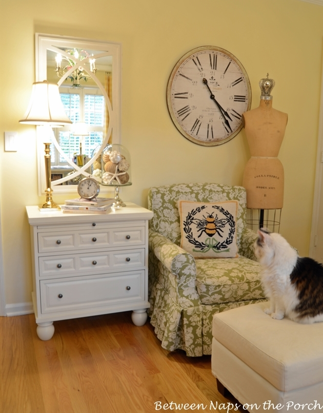 Shabby White Mirror for the Office