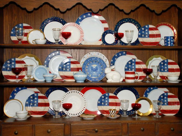 4th of July Dishes in Hutch