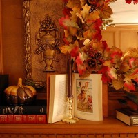 A Fall Mantel for the Family Room