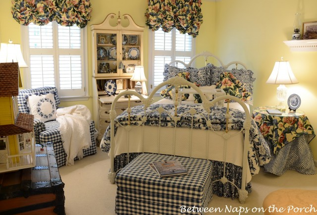 Blue White Guest Room
