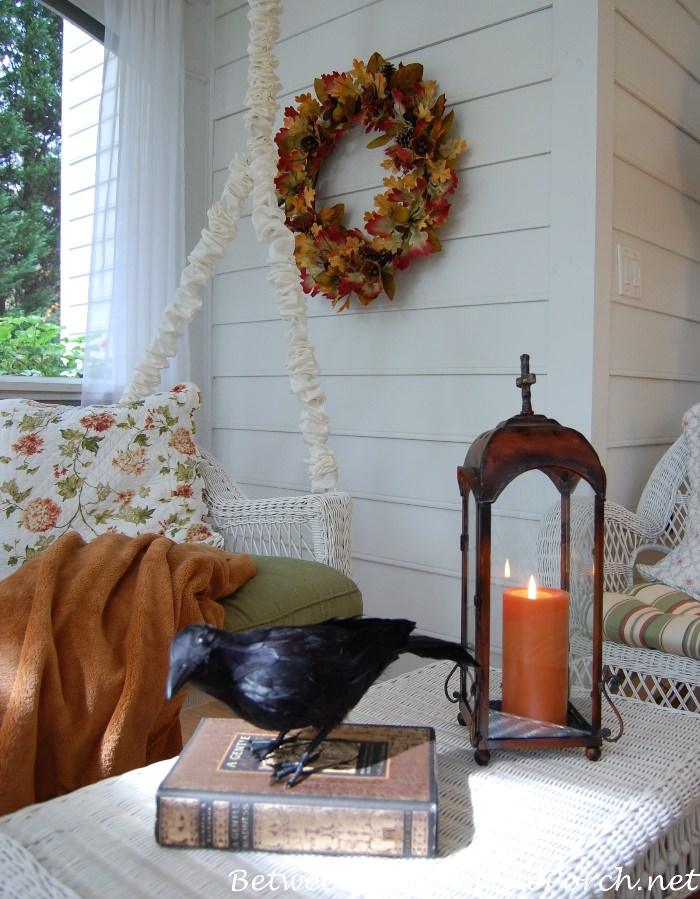 fall-leaf-wreath-for-an-autumn-porch
