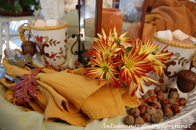Fall Tablescape Table Setting with Mums and Acorns