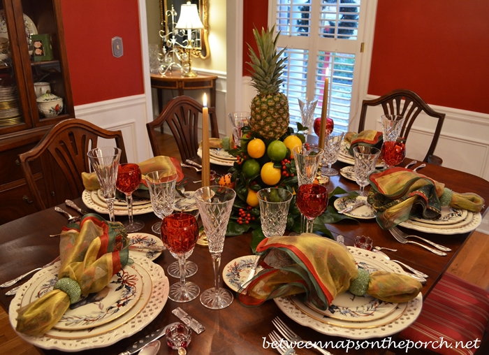 Christmas china table settings blossomshaped place mats and colonial williamsburg christmas table setting with a lemon and lime m4hsunfo