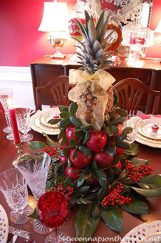 Colonial Williamsburg Apple Tree Centerpiece