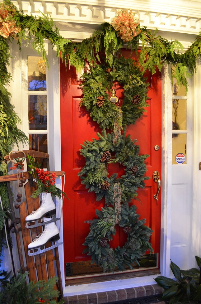 Decorate a Red Door for Christmas