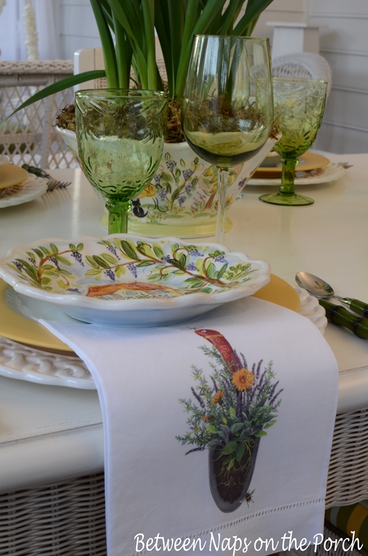 Napkins for a Summer Table Setting