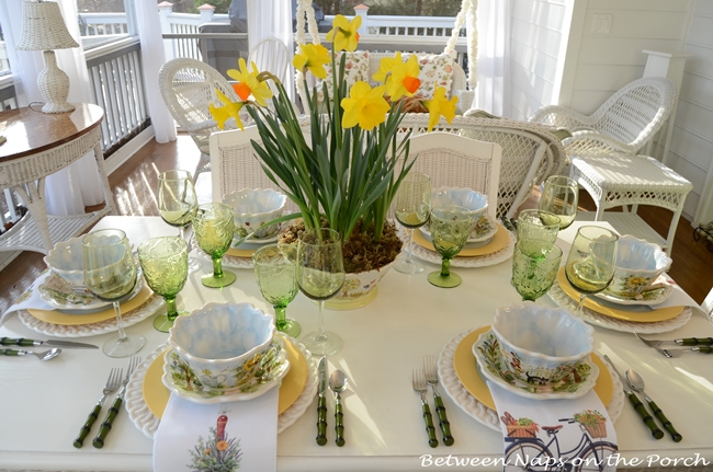 Springtime Table Setting with Daffodil Centerpiece e_wm