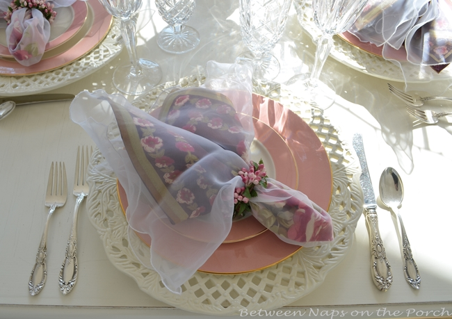 Valentine's Day or Mother's Day Table Setting 04