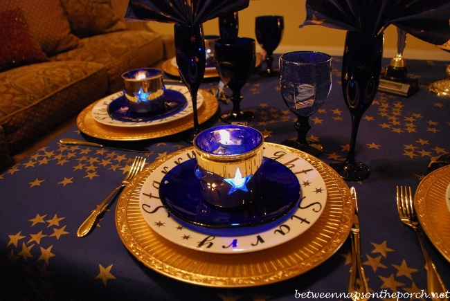 Academy Awards Party Table Setting 02
