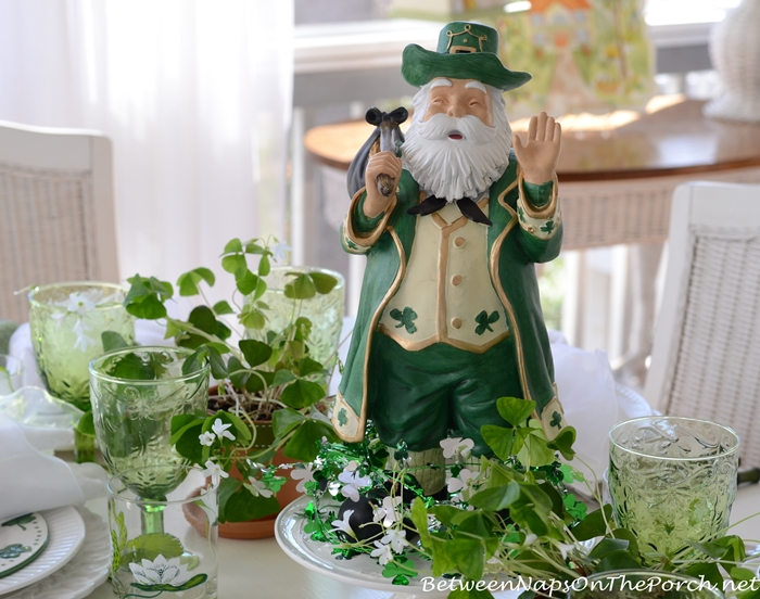 St. Patrick's Day Table Setting Shamrock Centerpiece