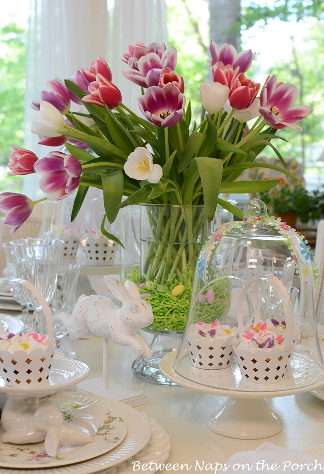 Easter Spring Tablescape Table Setting with a Tulip Centerpiece