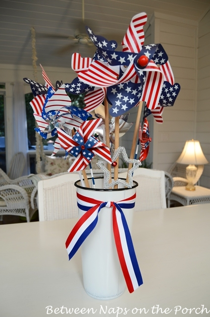 Here S How The Arrangement Looked In This 4th Of July Tablescape Patriotic With Pinwheel Centerpiece