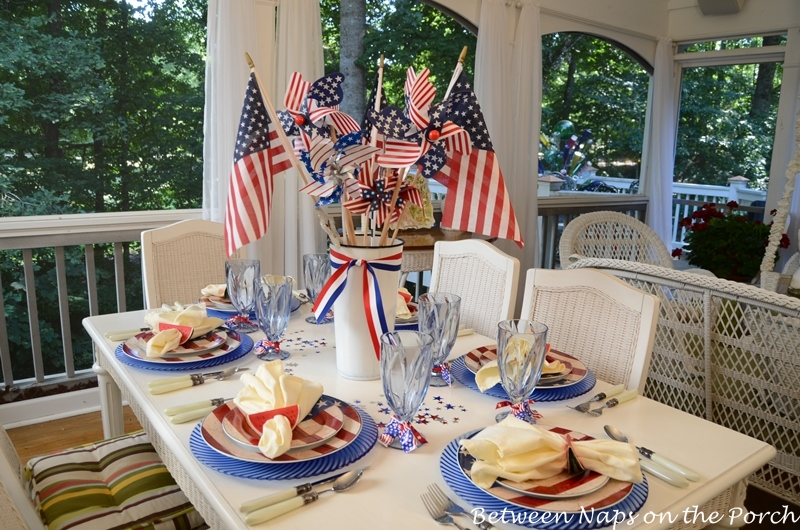 Table Settings for the 4th of July