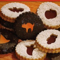 Linzer Cookies for Halloween