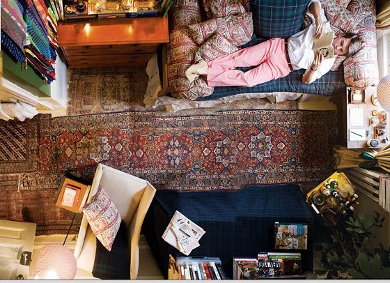 an amazing dorm room. Black Bedroom Furniture Sets. Home Design Ideas