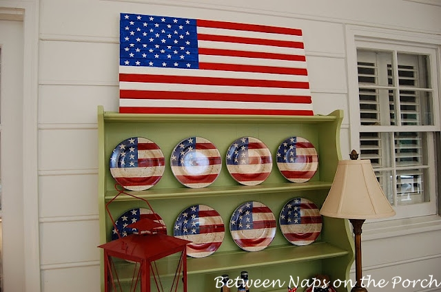 Pottery Barn Knockoff: Make A Painted Wood Flag for Patriotic Holidays