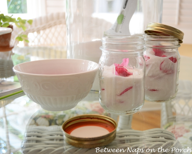 Make Scented Rose Sugar