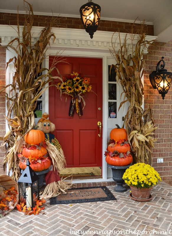 Pumpkin Topiary Ideas Part - 20: Autumn Porch Decorated With Pumpkin Topiaries