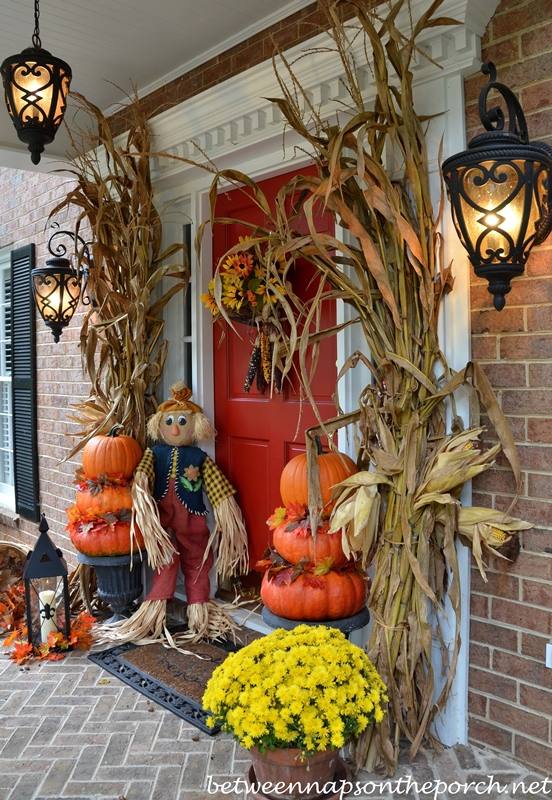 Pumpkin Topiary Ideas Part - 41: Autumn Porch Decorated With Pumpkin Topiaries