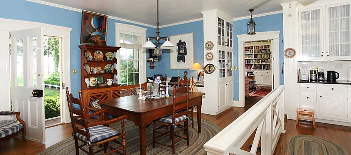 Kitchen in beautiful historic home in Virginina