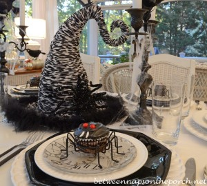 Halloween Tablescape with Spider Cupcakes, Clock Plates & a Witch's Hat Centerpiece 15_wm