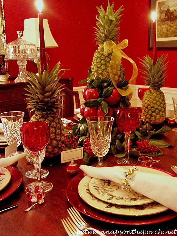 Christmas Tablescape with Colonial Williamsburg Aple Tree Centerpiece