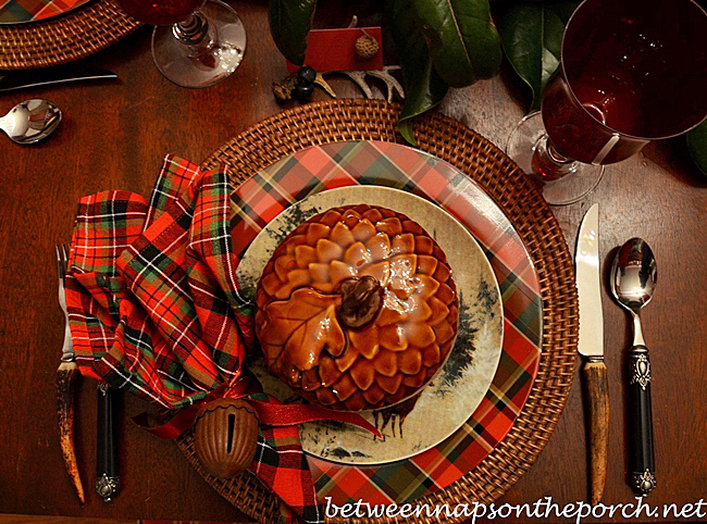 Christmas-Tablescape-with-Plaid-Dinner-Plates-and-Deer-Salad-Plates