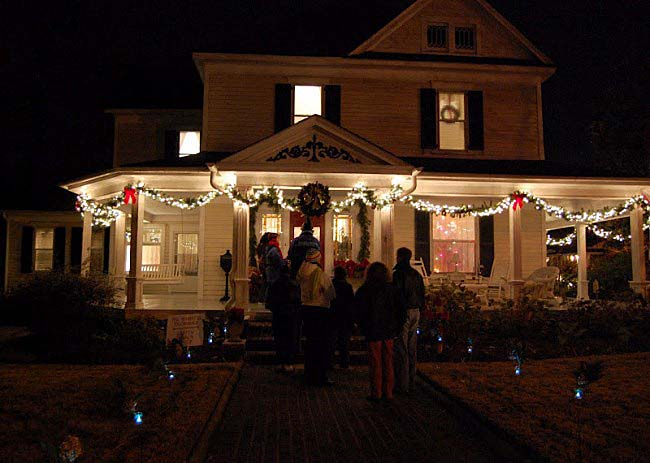 Christmas Home Tour by Candlelight