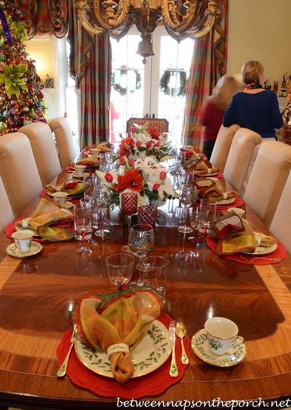 Christmas Tablescape with Lenox, Holiday