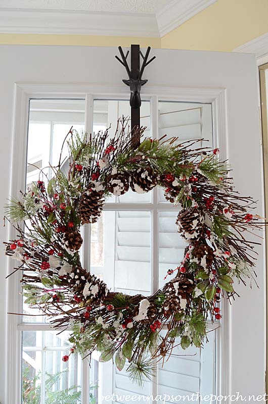 Christmas-Wreath-for-Porch-Door