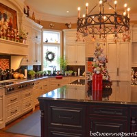 Tour a Beautiful Victorian Home Decorated for Christmas, Part III