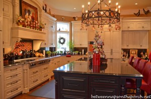 Kitchen Decorated for Christmas_wm