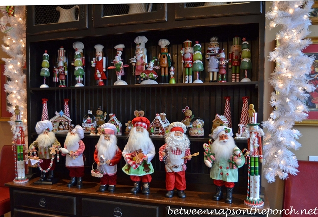 Kitchen Santas